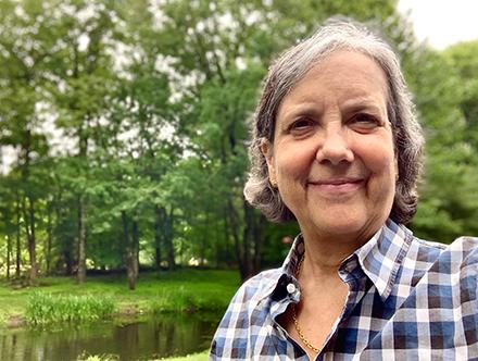 Leslie Sternlieb